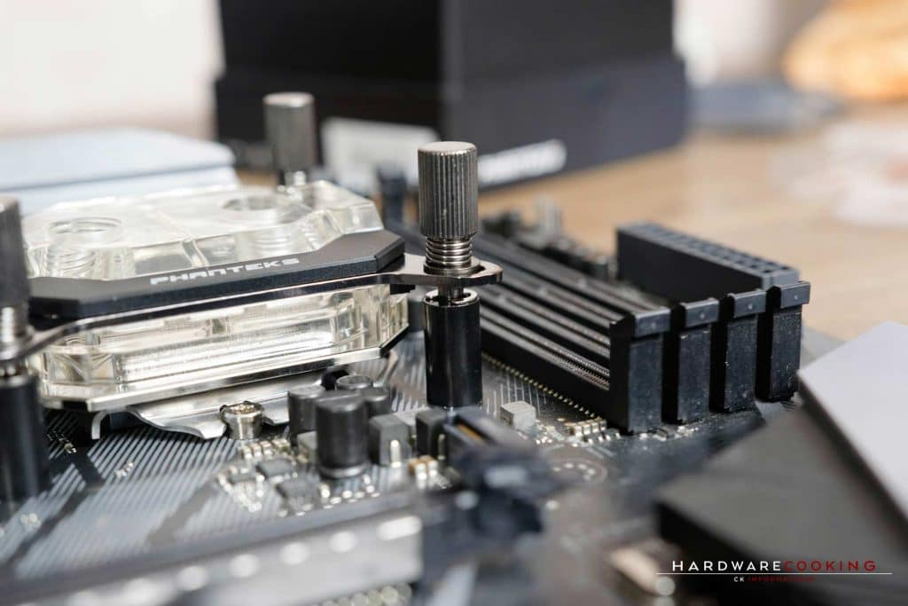 Test waterblock CPU Phanteks Glacier C350i