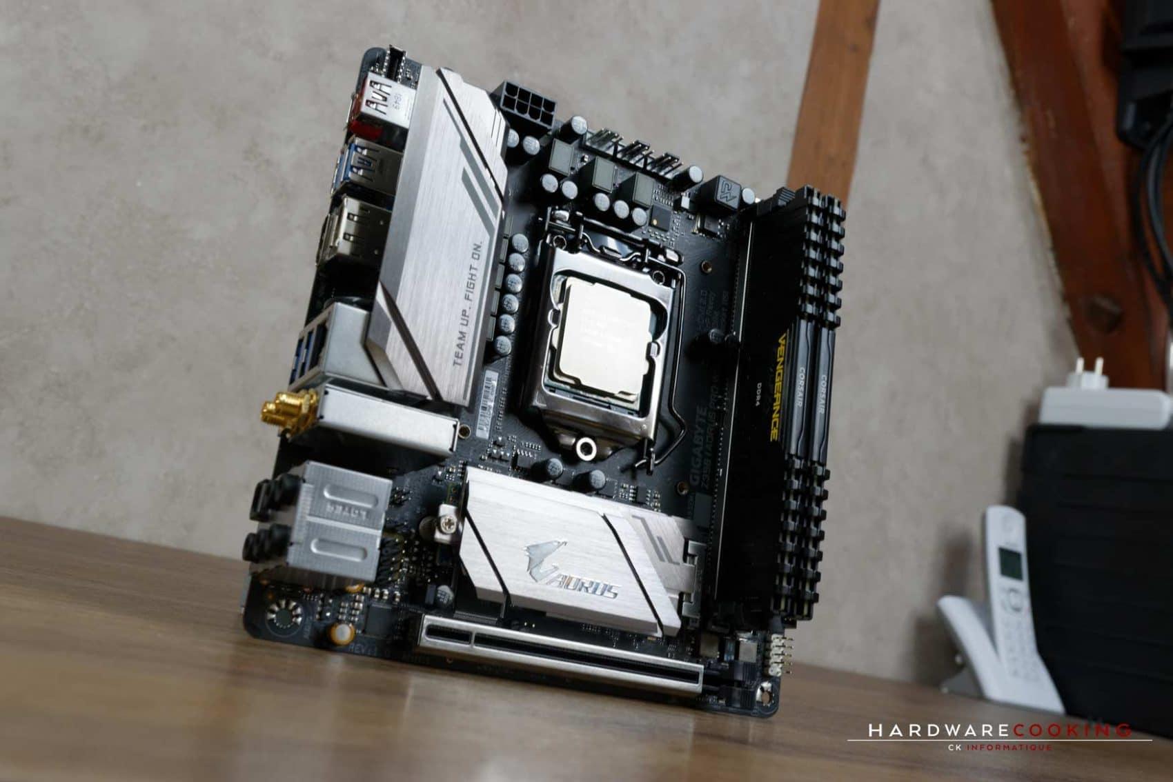 Test carte mère GIGABYTE Z390 I AORUS Pro Wifi avec 8700K et mémoire Corsair DDR4