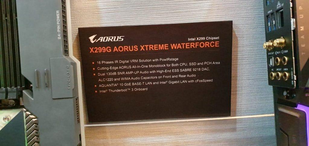 Carte mère Gigbayte X299G AORUS Xtreme Waterforce