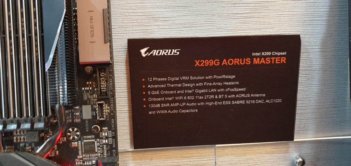 Carte mère Gigabyte X299G AORUS Master
