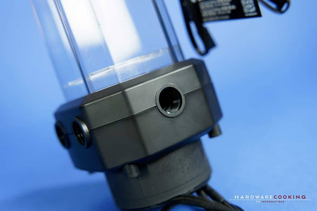 Entrées pompe réservoir Corsair XD5 RGB