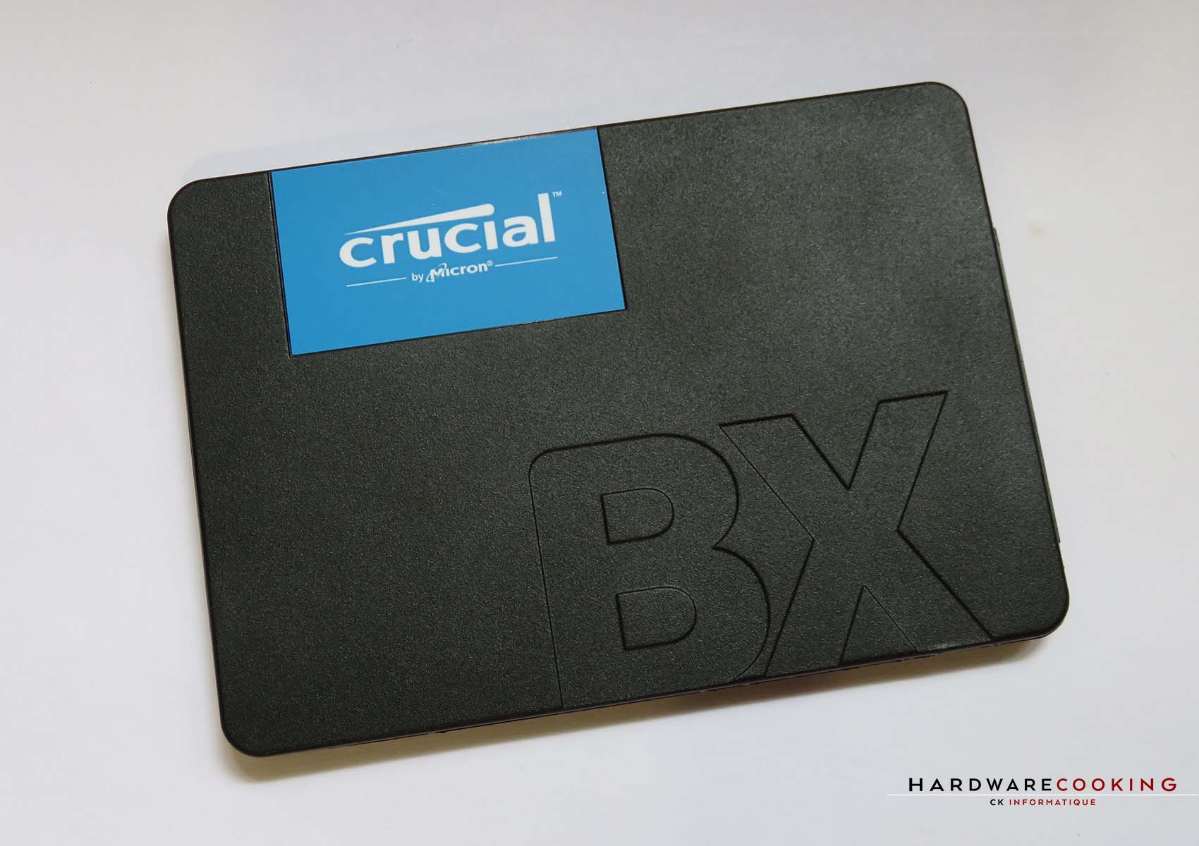 SSD Crucial BX500 face