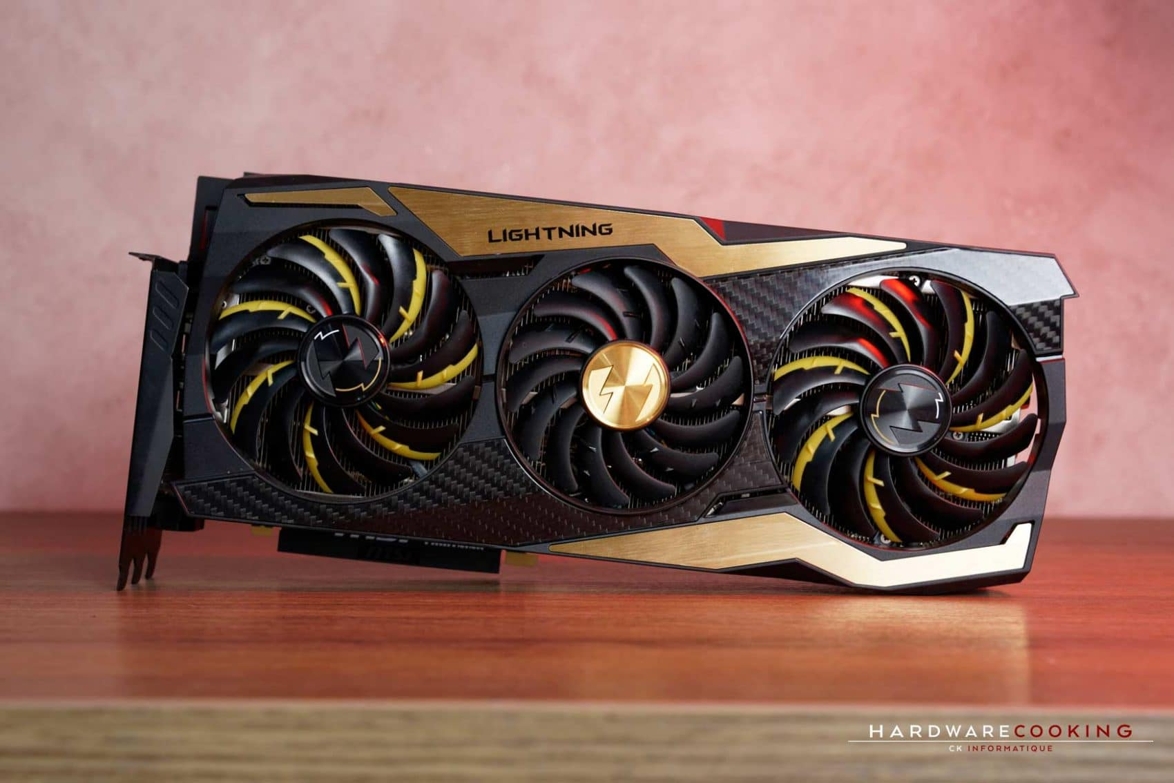 Packaging carte graphique MSI RTX 2080 Ti Lightning Z