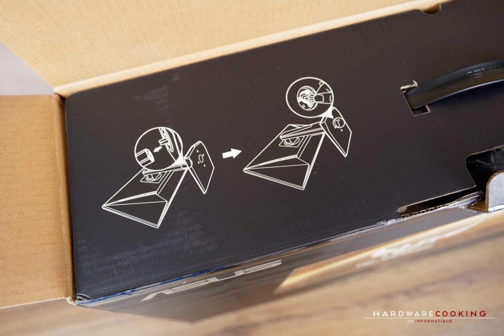Montage du pied ASUS TUF Gaming VG279QM