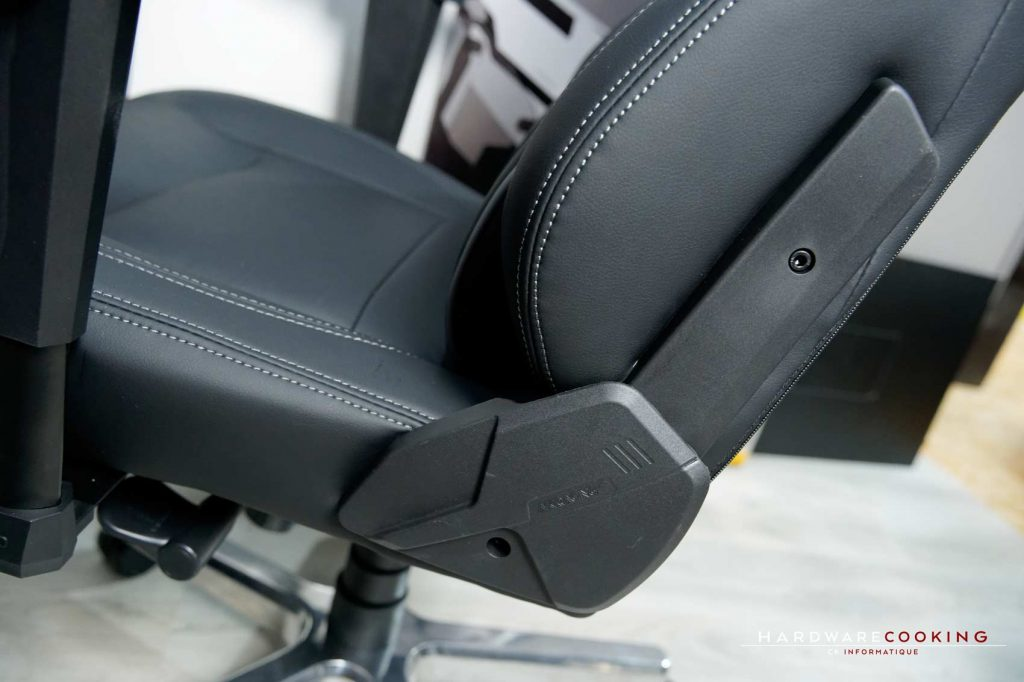 Montage fauteuil AKRacing Onyx