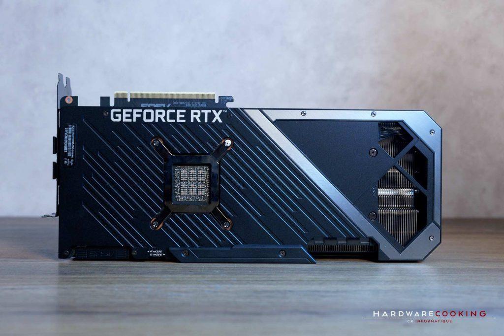 Test ASUS ROG Strix RTX 3090 O24G GAMING