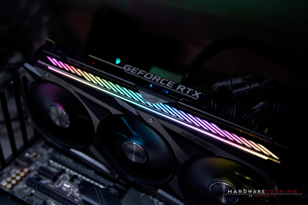 Éclairage ASUS AURA Sync ASUS ROG Strix RTX 3090 O24G GAMING
