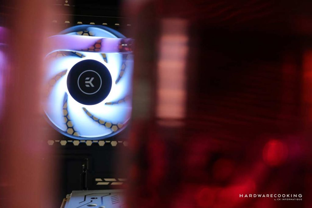 EK Water Blocks Ventilateur EK-Vardar Evo 120ER RGB