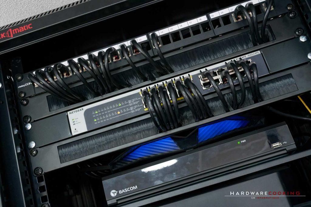 Switch Netgear JGS524PE
