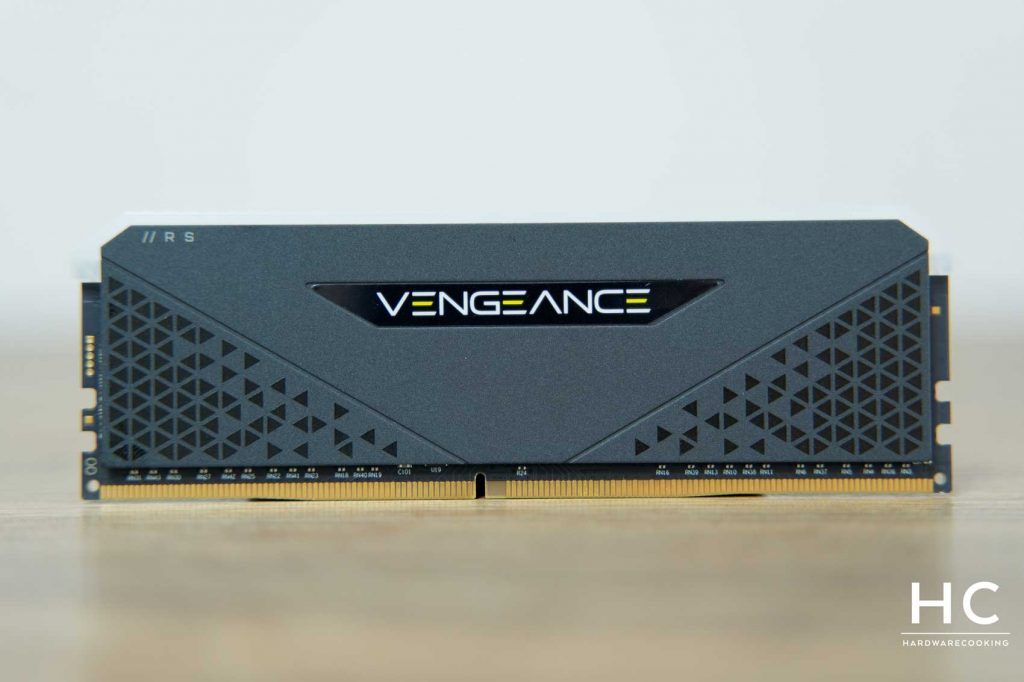 Test CORSAIR Vengeance RGB RS