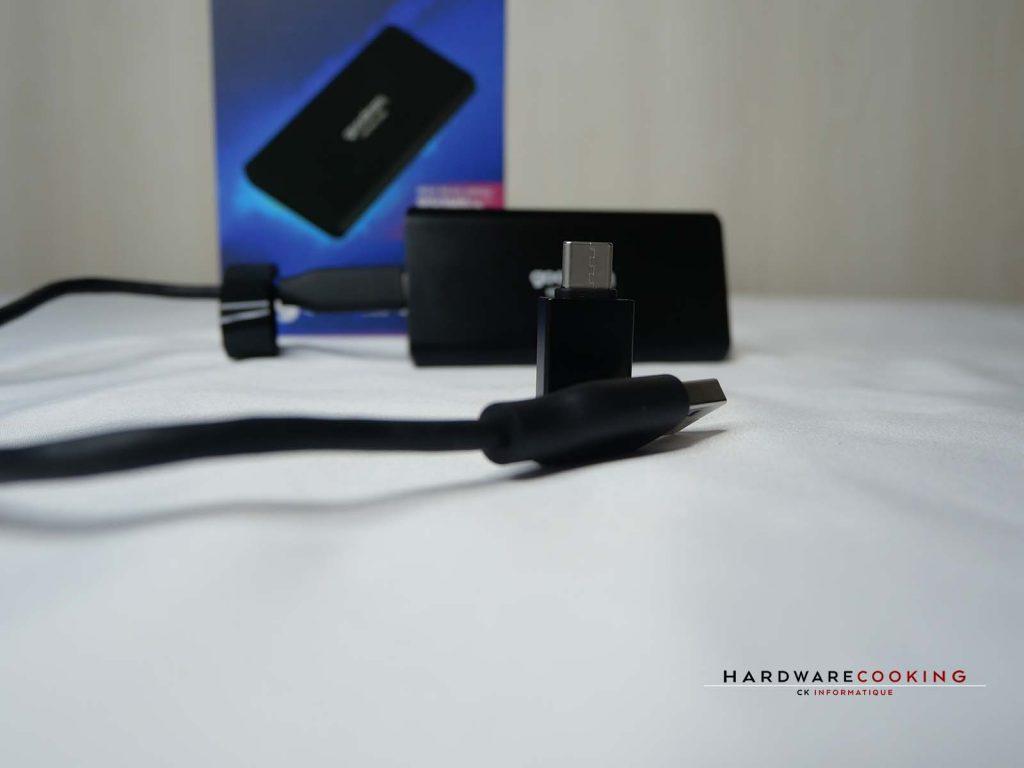 Câble et adaptateur du SSD HX100
